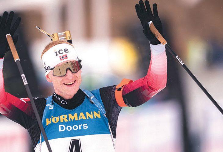 DET UMULIGE BLE MULIG: Han delte ut den gule trøya til franske Martin Fourcade allerede i Østersund, men Johannes Thingnes Bø klarte det han egentlig trodde var umulig: Å vinne verdenscupen sammenlagt, til tross for at han ble pappa i januar og endte opp med å stå over to verdenscuphelger.